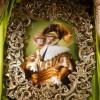 LE SINGE AU MASQUE – Huile sur toile – 116 cm x 81 cm